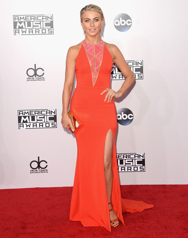julianne-hough-american-music-awards-2014-amas1